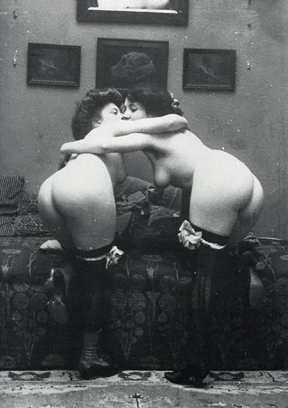 Kiss (circa 1900)