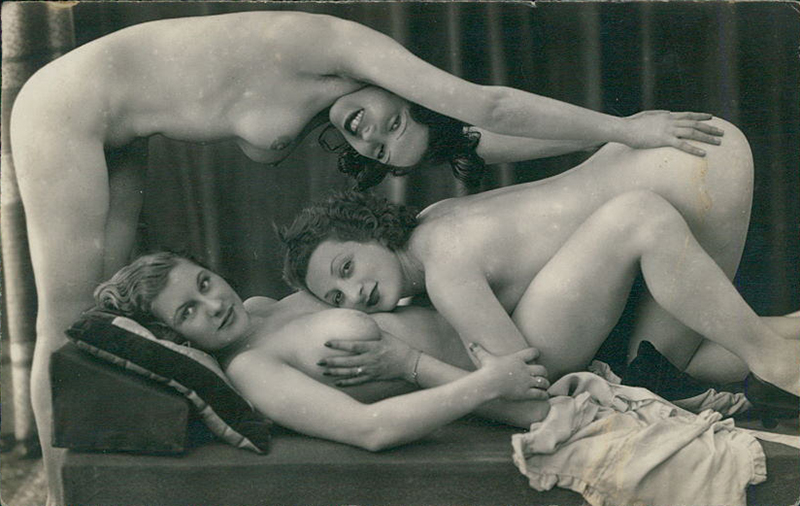 Three girls1920s postcard